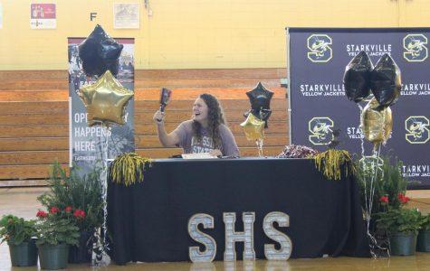 Seniors sign to future colleges