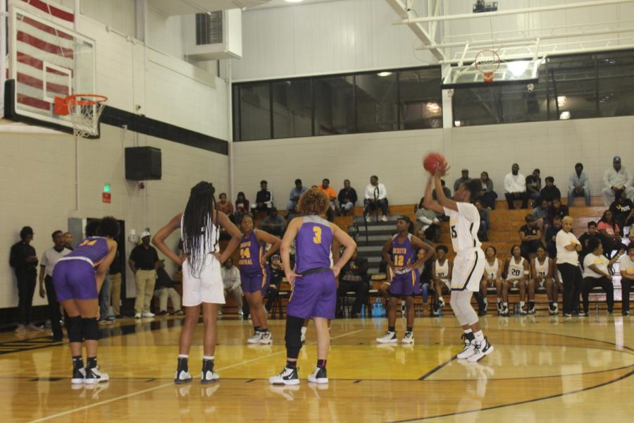 Lady Jackets advance to round two of district playoffs