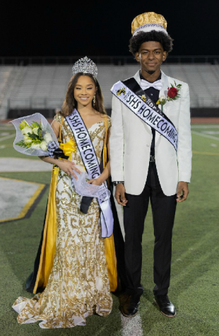 Jada Odneal and Rayfield Evins, homecoming queen and king.